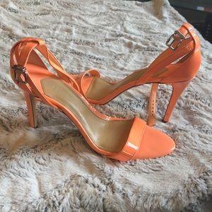 """Coral Gianni Bini strapping heels 4"""""""